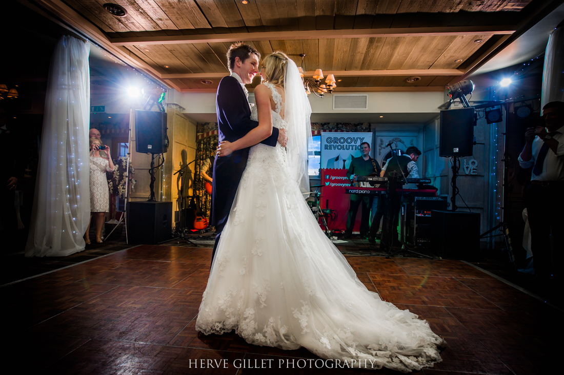 man and his wife first dance